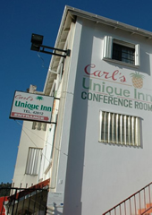 Carls Unique Inn Front